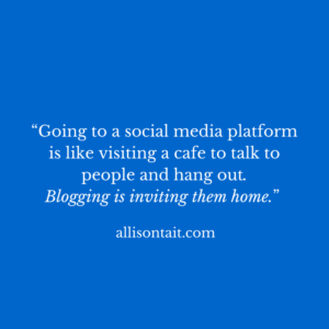 Social media vs blogging for authors