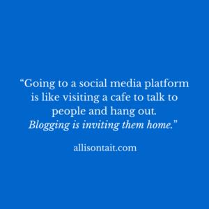 Social media vs blogging for authors
